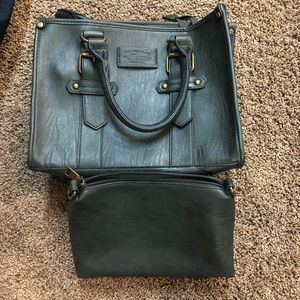 Bass green tote